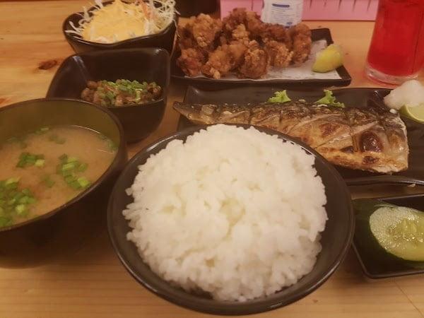 バンコクで和食なら、うま食堂(日本の定食)