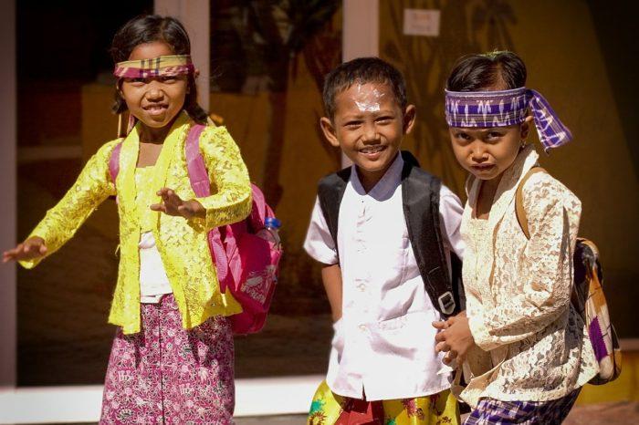バリ島のかわいい子どもたち