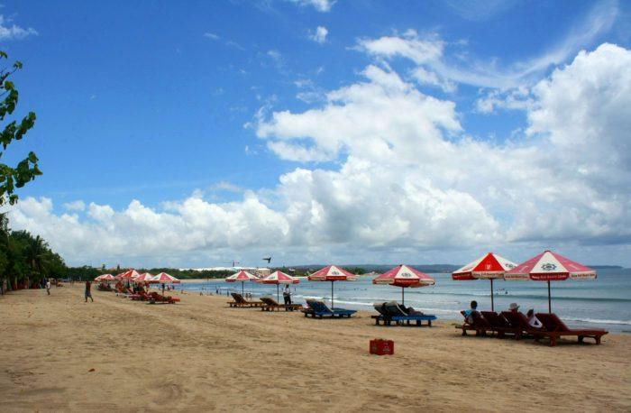 バリ島のきれいなビーチ