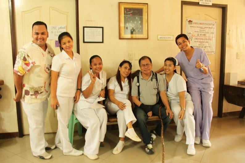 フィリピンの病院で診察を受ける
