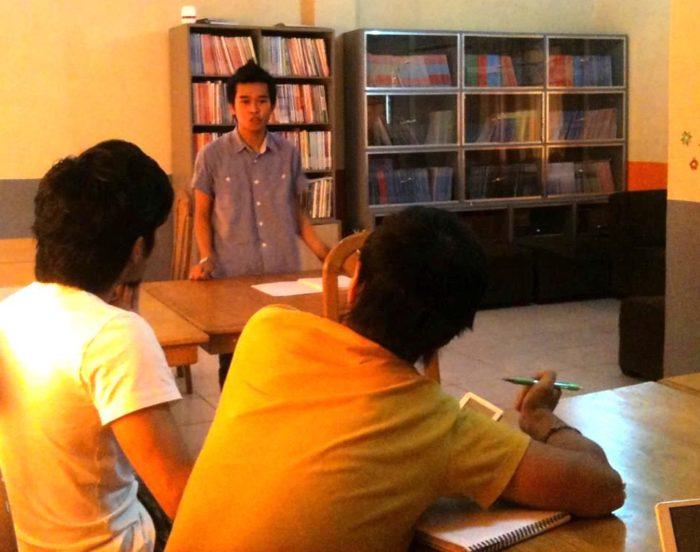 フィリピン留学 英語でプレゼンテーションをする