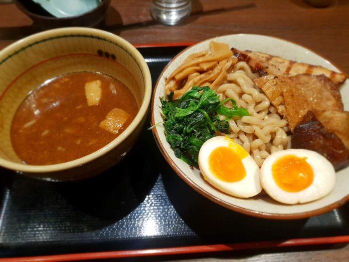 麺屋こうじ 特製角ふじつけ麺 かつお味