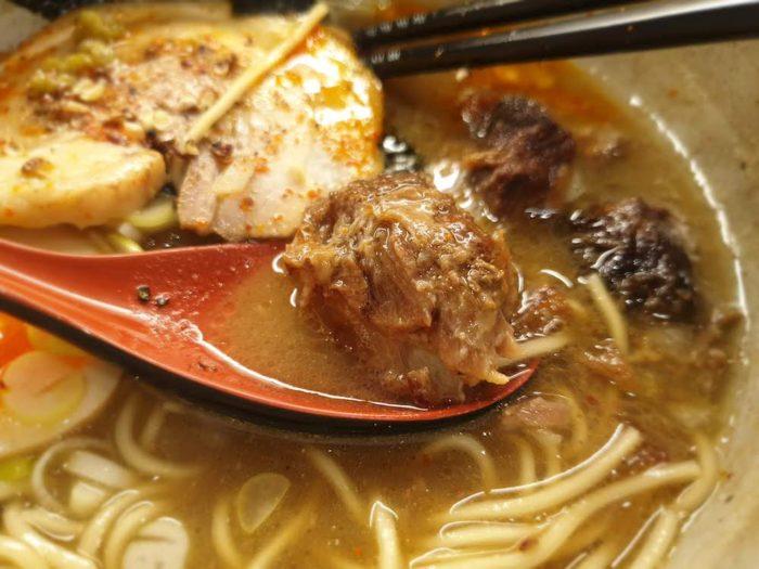 麺屋音 特製濃厚煮干しそば(しょう油)チャーシュー