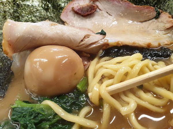 王道家の横浜ラーメン