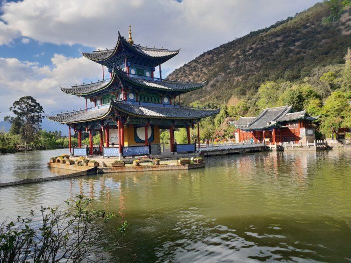 麗江 黒龍潭景区 きれいな景色