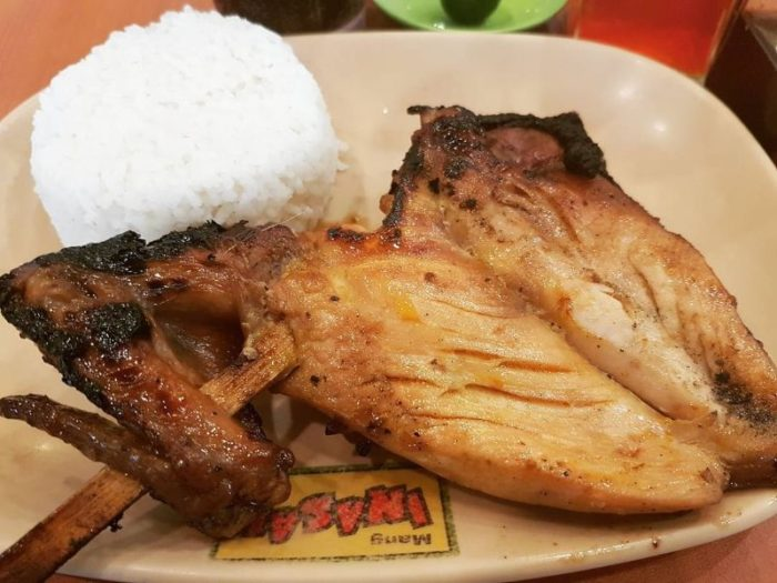フィリピンで一番美味しいチキン INASAL