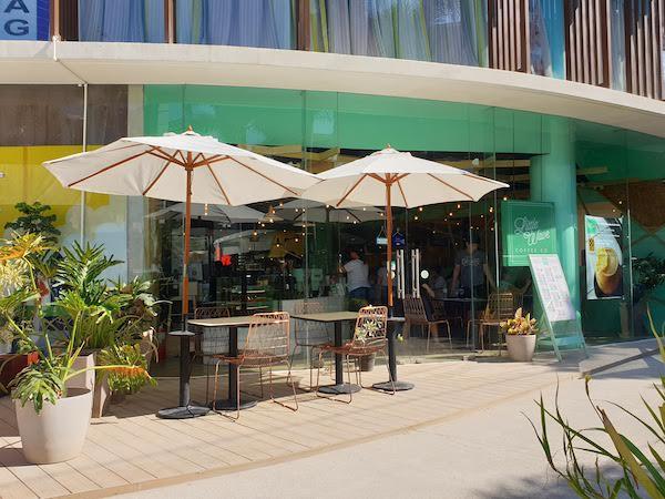 ボラカイ島 おすすめカフェ Little Wave Café