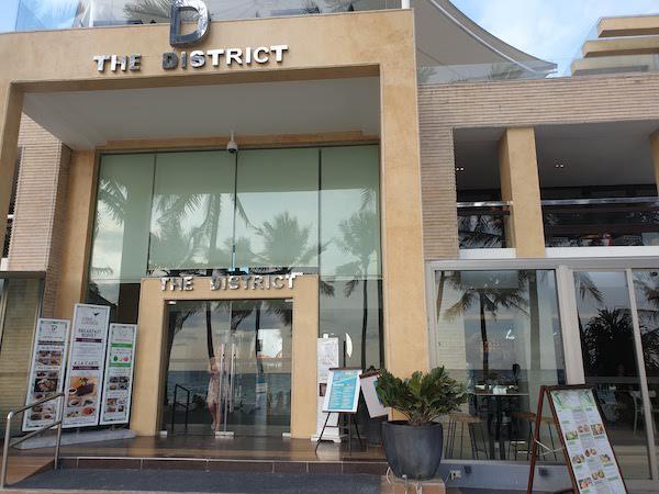 ボラカイ島でベストなカフェ The Plenary