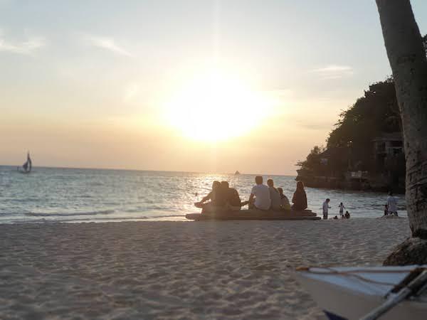 Pukaビーチの夕暮れ