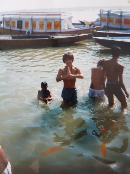 初めての海外旅行 インド ガンジス川にて