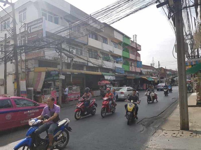 タイ バンコクの交通状況とは?