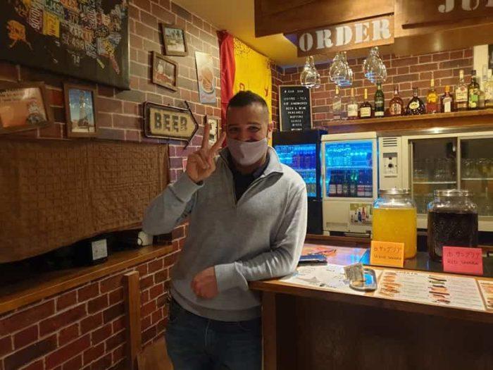 大阪 難波の英会話カフェ オーナーのダンさん